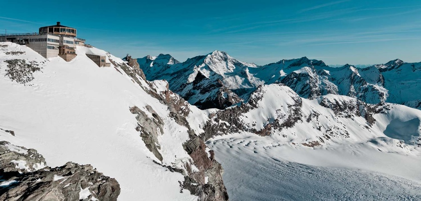 The world's highest revolving Restaurant Allalin at 3500 meters.jpg